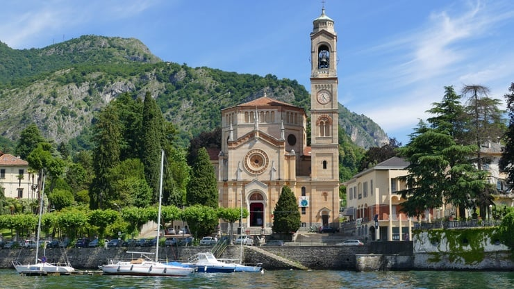 Beautiful Lakes of Northern Italy - 6 Day Tour