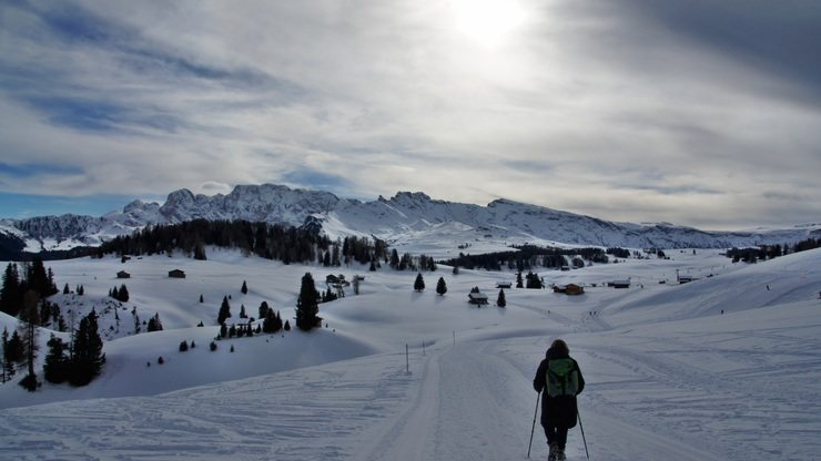 "Winter Hiking in South Tyrol & Traditional ""Hüttengaudi"""