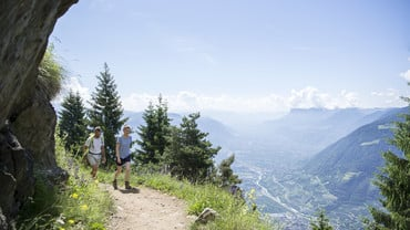 Hiking and Biking in South Tyrol